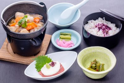 団体昼食2016_のっぺ定食
